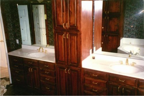 New custom bathroom vanity for sale. New custom bathroom vanity for sale in Charlotte  United States