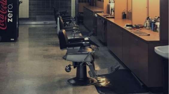 Licensed barber earn 50k+