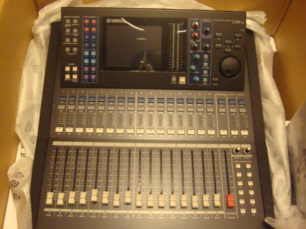 Brand new yamaha ls9-16 console in new condition