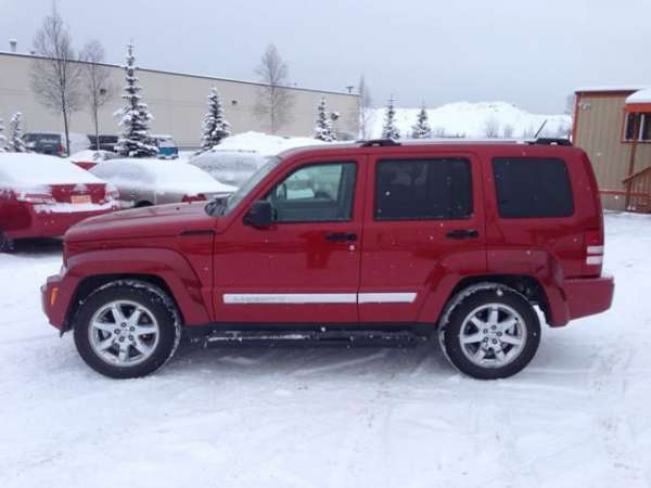 2008 jeep liberty limited excellent condition