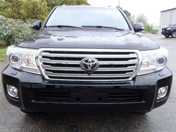 For sell used 2013 toyota land cruiser $24.500usd