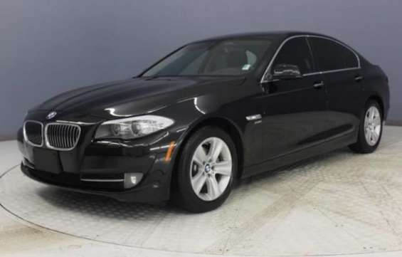 Bmw 528i xdrive : sedan cars for sale